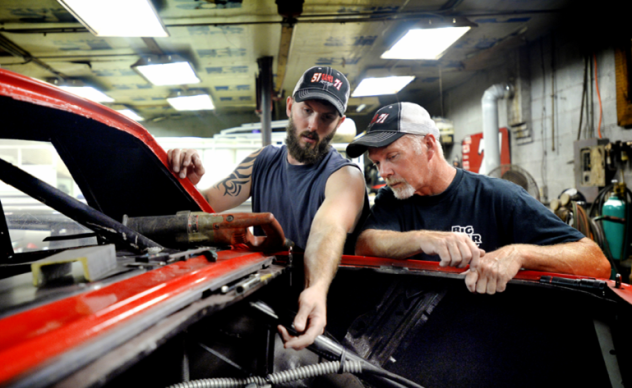 Father, son Renegade racers keep competition friendly (via)